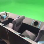 Vehículo de atrezzo para película dispuesto para el rodaje sobre fondo en croma.